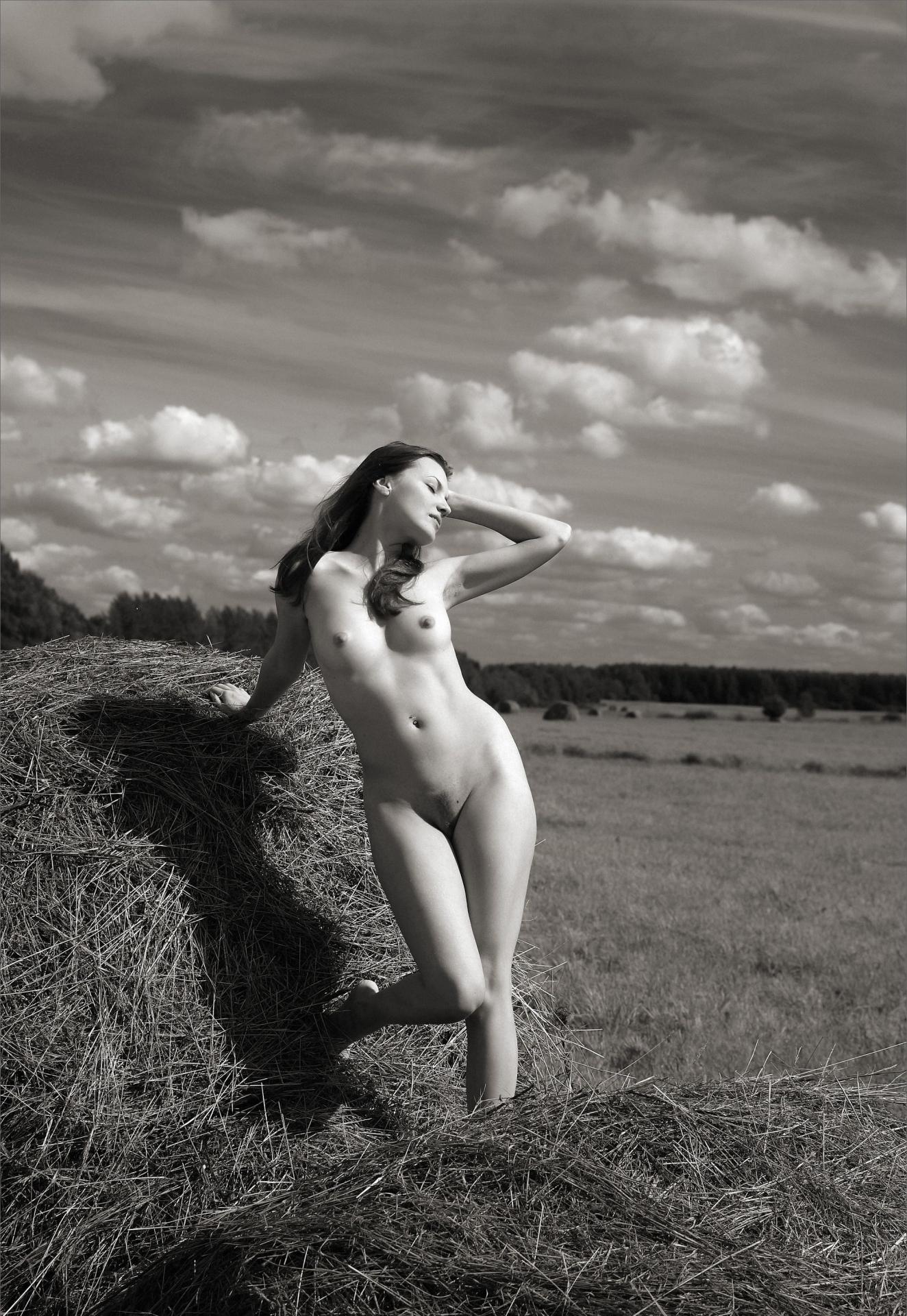 дела женатых деревенская девчонка голая в темноте хотела